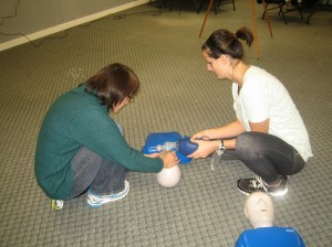 Using-a-bag-valve-mask-in-a-CPR-HCP-course-300x224